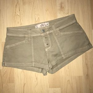 Pants - HOLLISTER Low Rise Shorts like new!